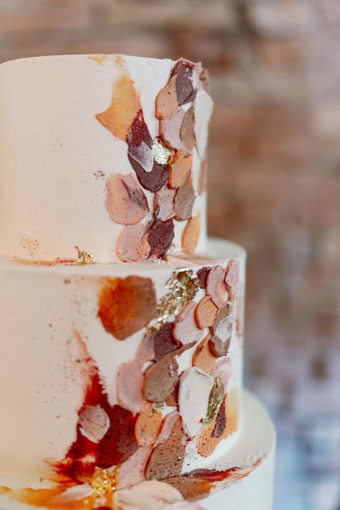 atumn fall wedding cake